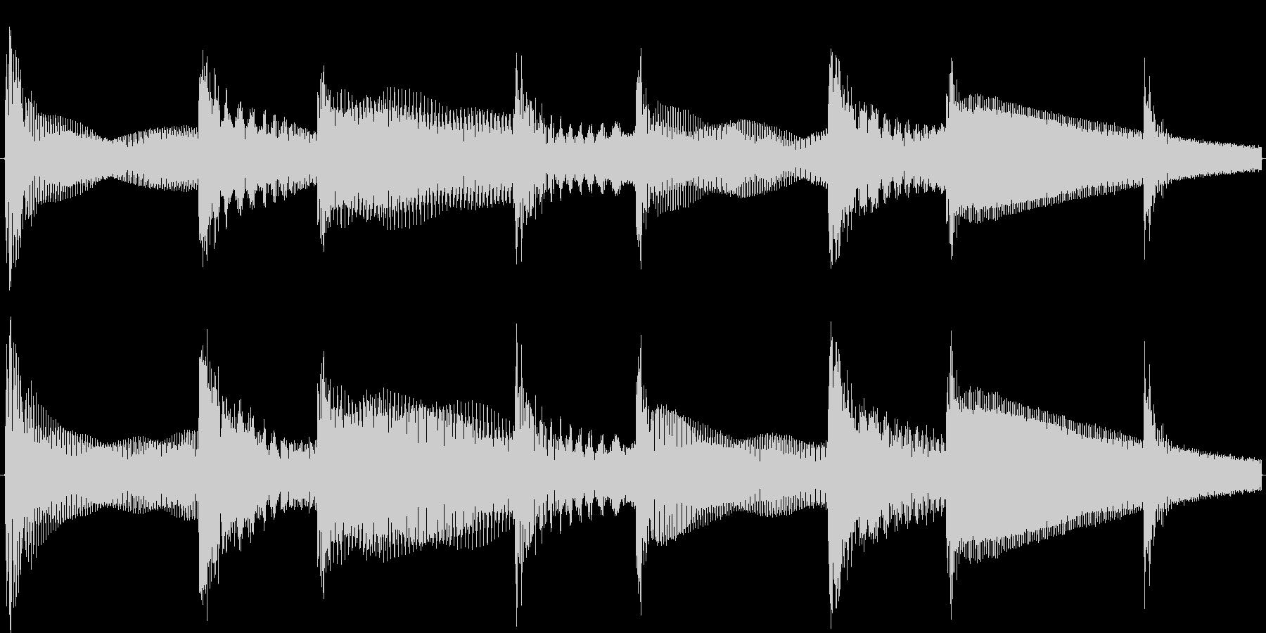 ベースとベルシャワーのループ向け素材の未再生の波形