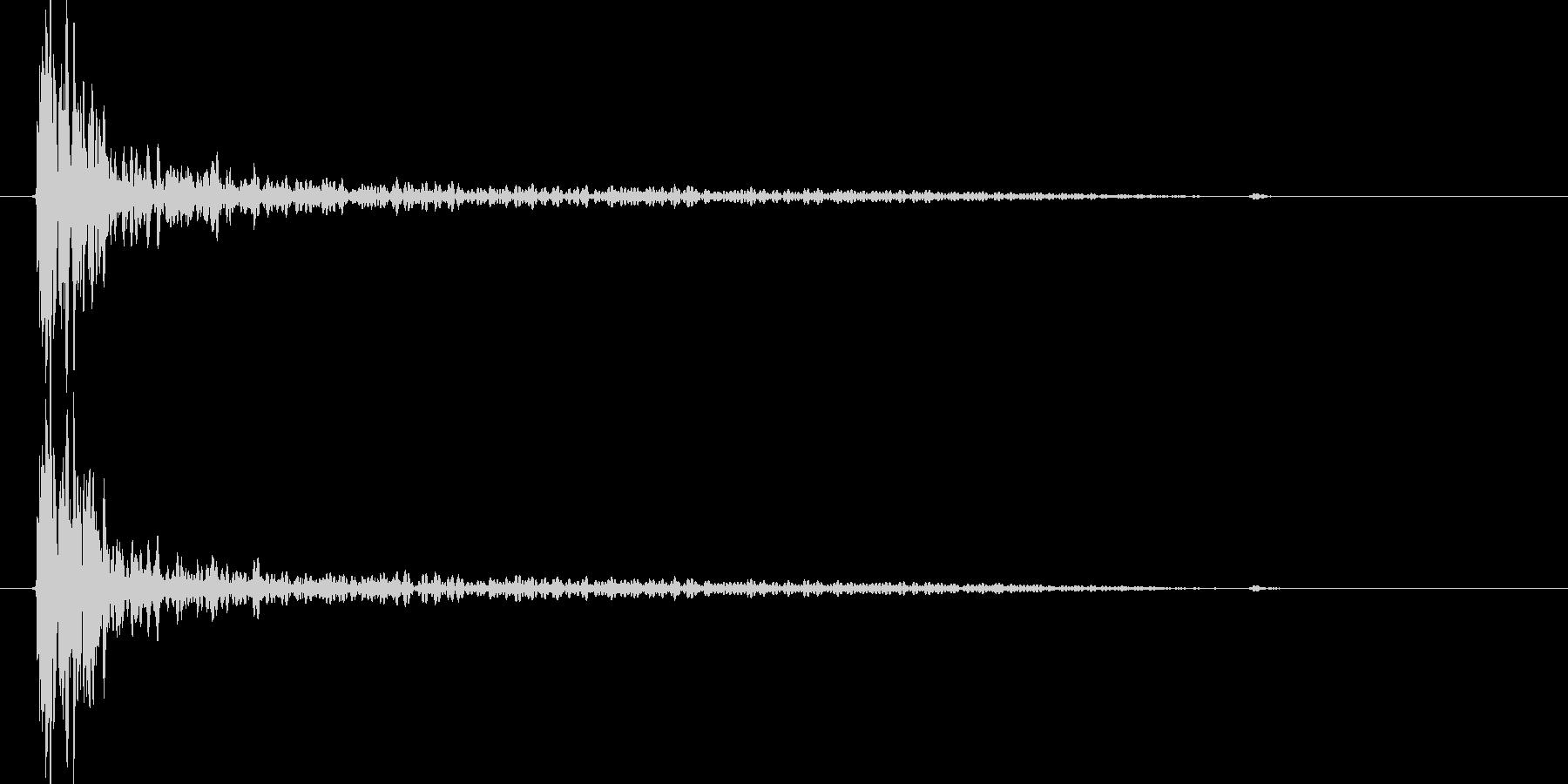 大砲効果音の音量をCDレベルに上げたものの未再生の波形