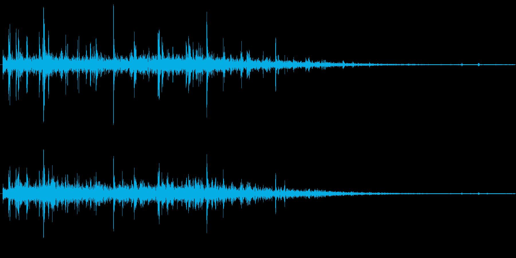 チョロチョロ、と水の流れる音ですの再生済みの波形
