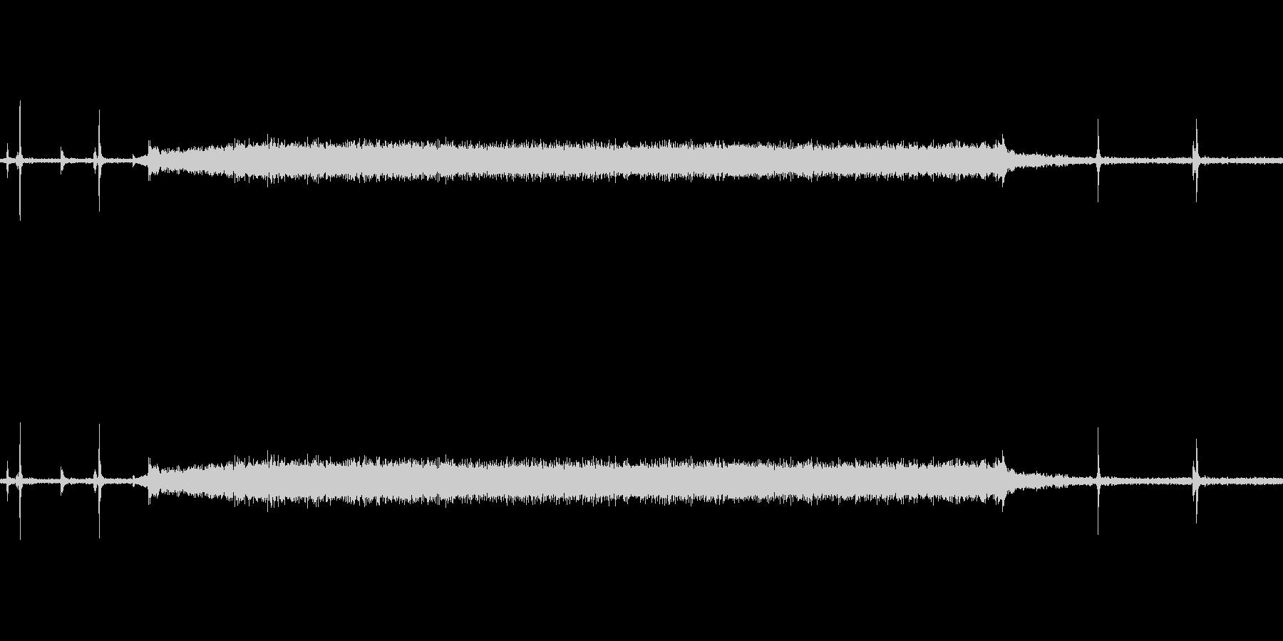 電子レンジで暖めている時の音です。の未再生の波形