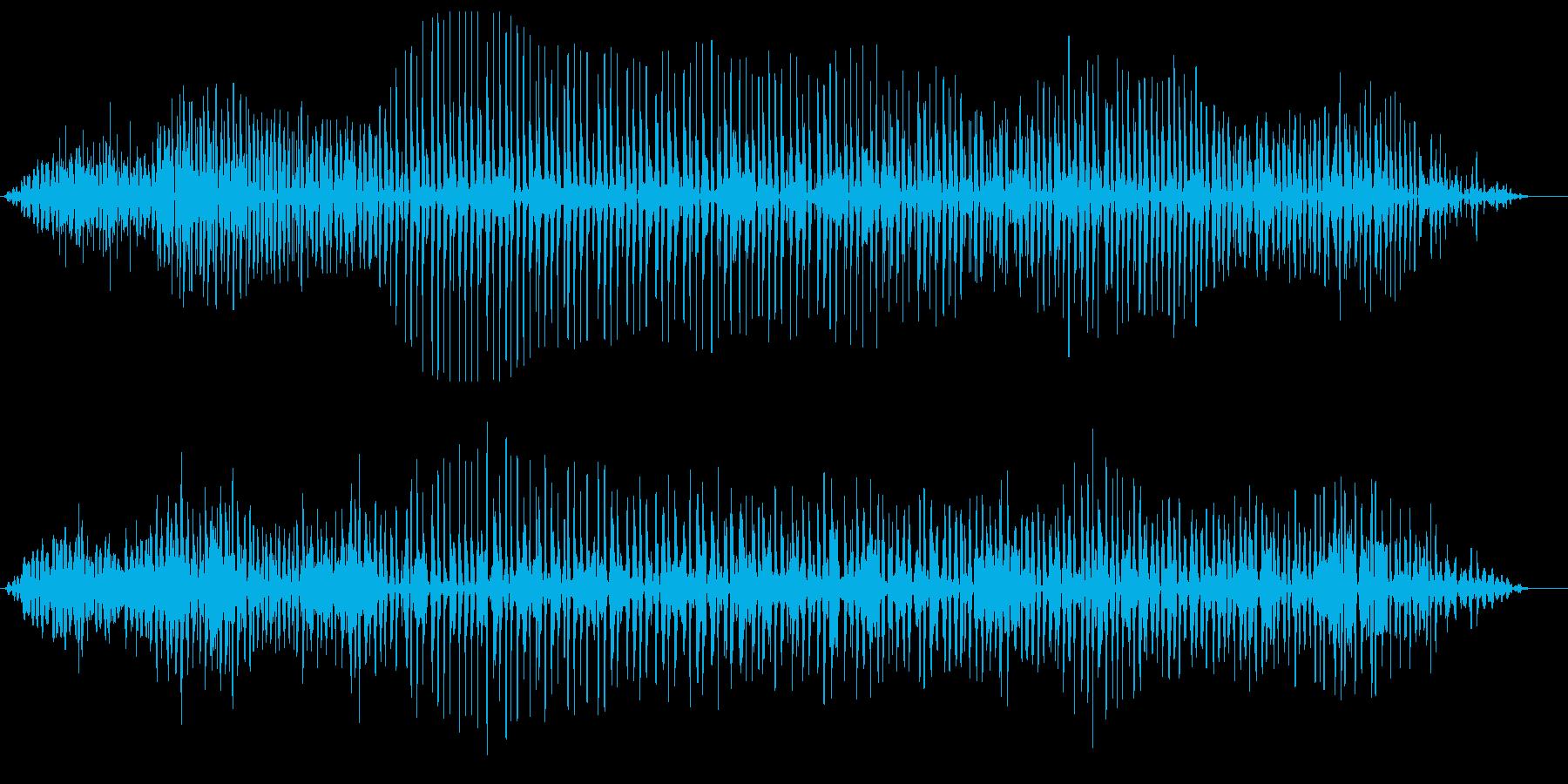 ヘリコプターのプロペラ音の再生済みの波形