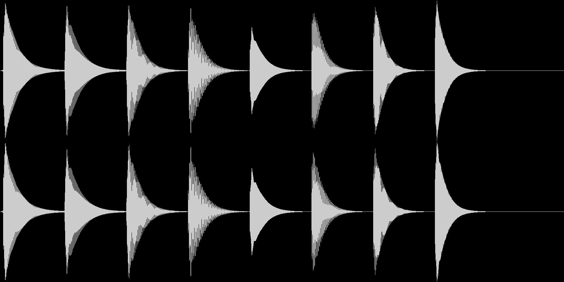 シンプルな3秒ほどの短い音階で、着信音…の未再生の波形