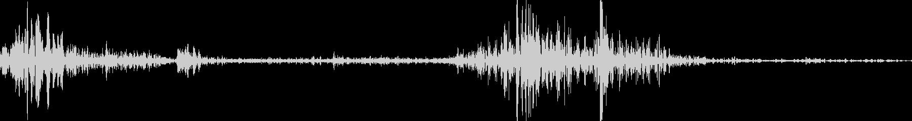 【ぺらっ】本のページをめくる音の未再生の波形