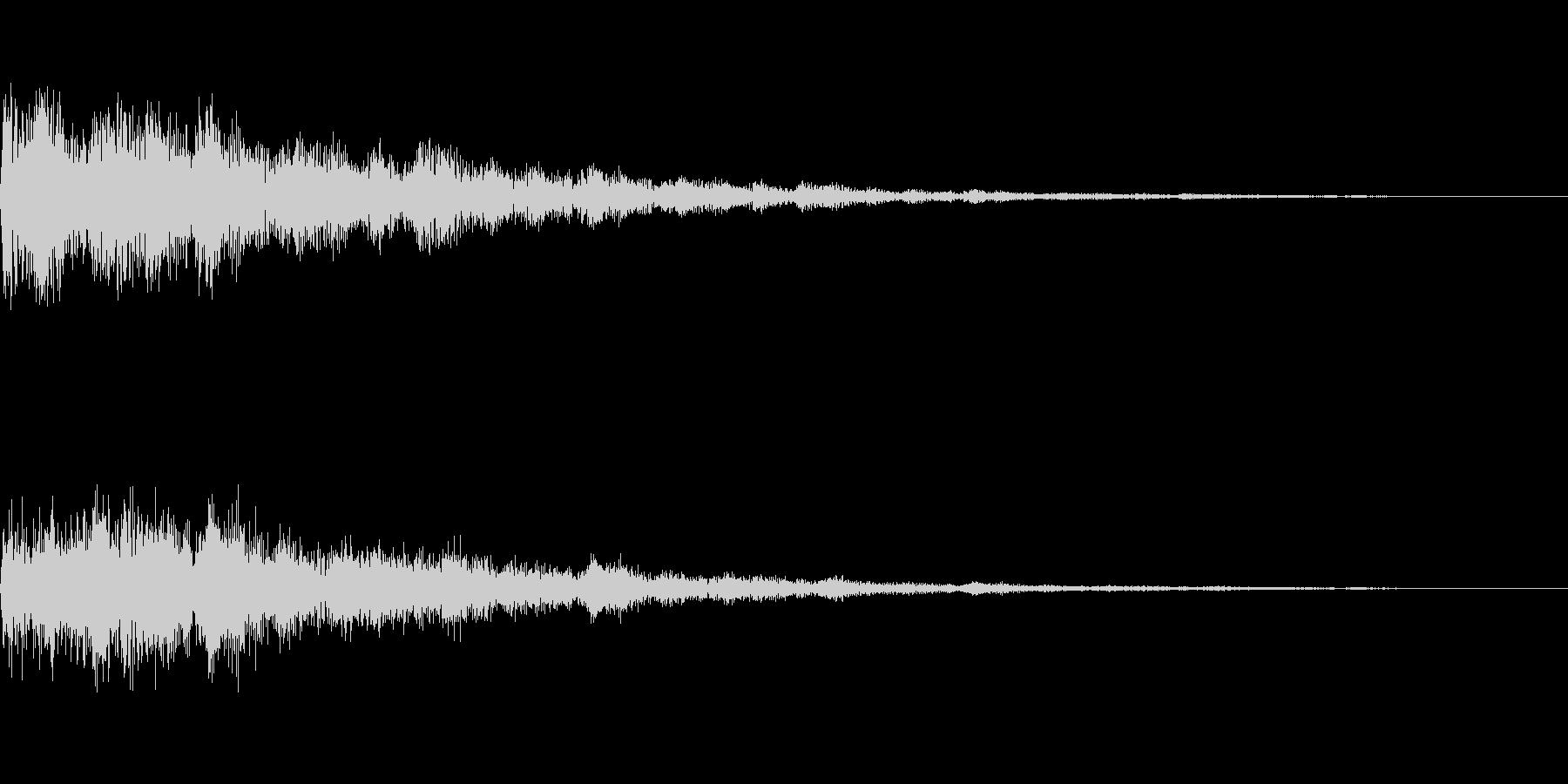 カンという音です。決定、スタート音などにの未再生の波形
