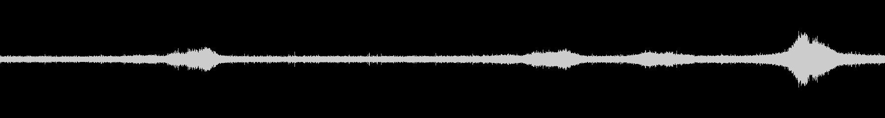 【生音】雨の日の通行音 - 5 雨 車…の未再生の波形