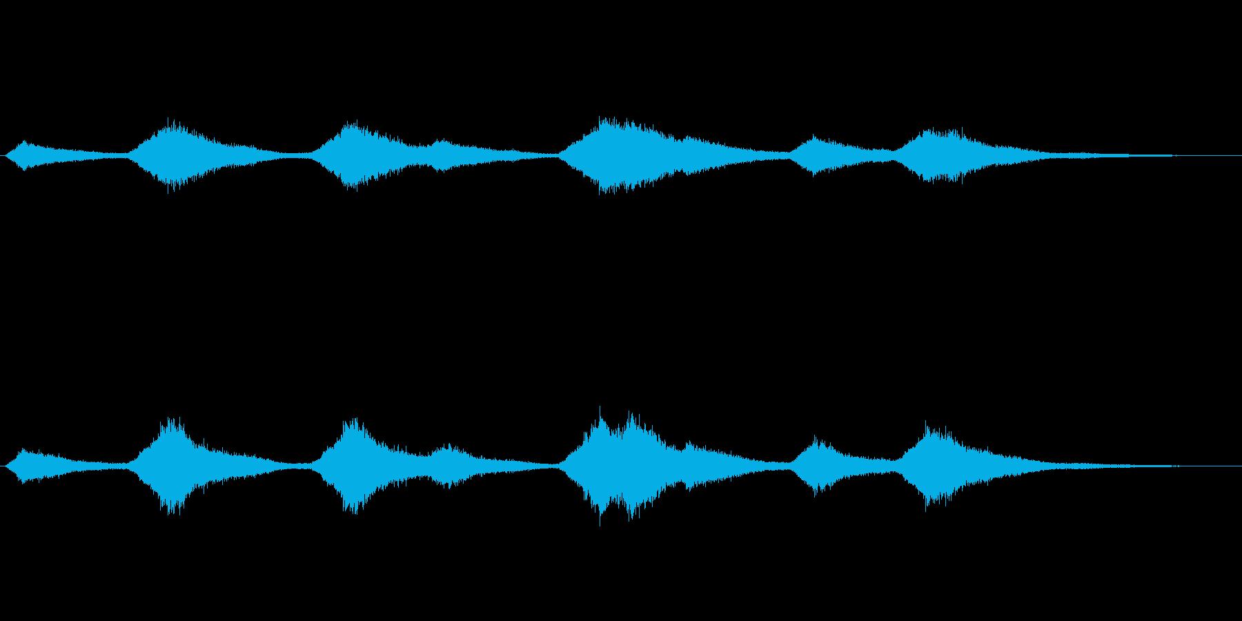 「シャラシャラ、シャ〜」海のさざ波のSEの再生済みの波形