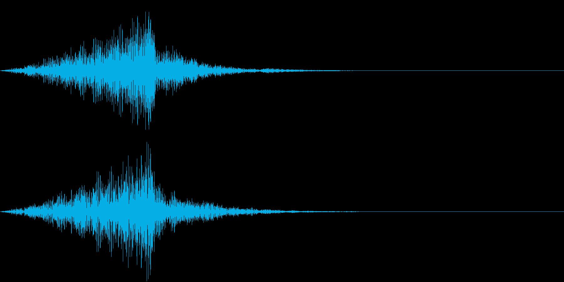 ミサイルが通り過ぎるような音の再生済みの波形