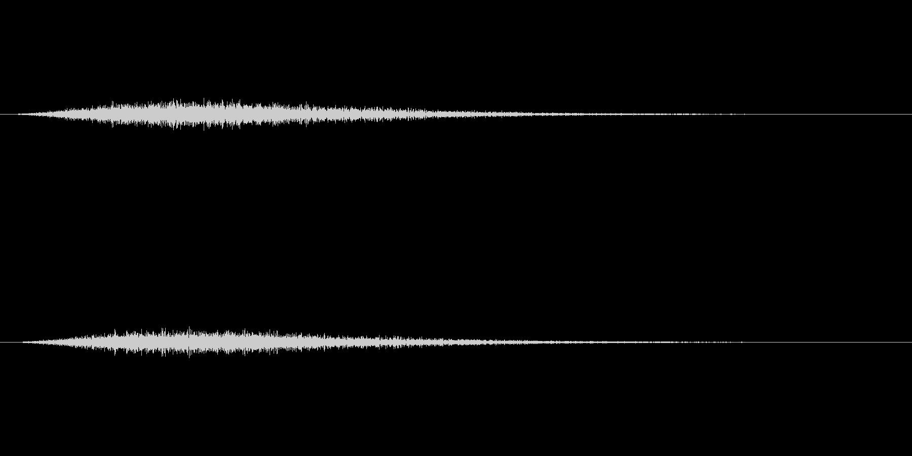 ひゅ~ん・ぴしゅ~んという感じの音ですの未再生の波形