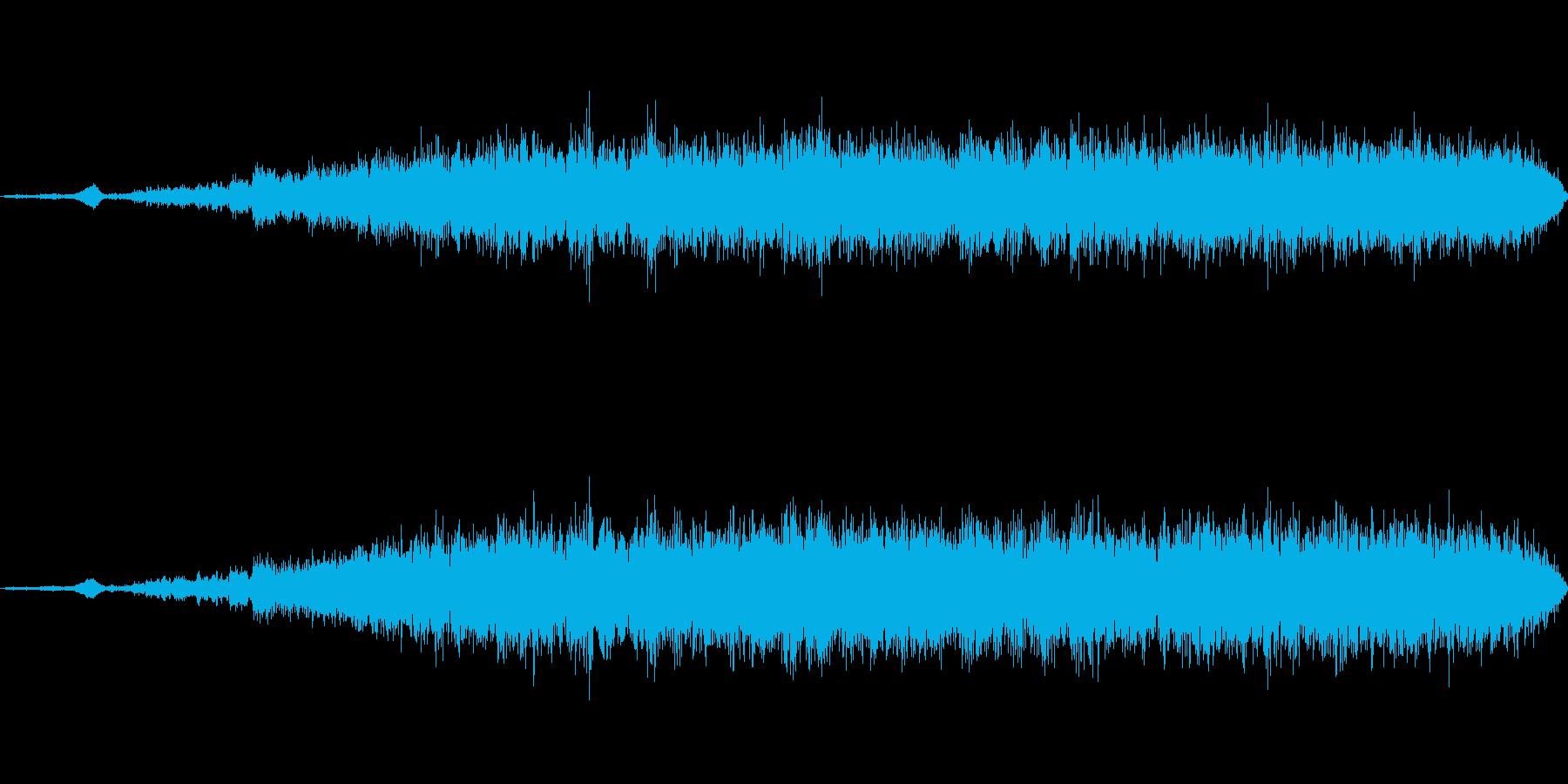 大きめのファンが回転するイメージの音の再生済みの波形