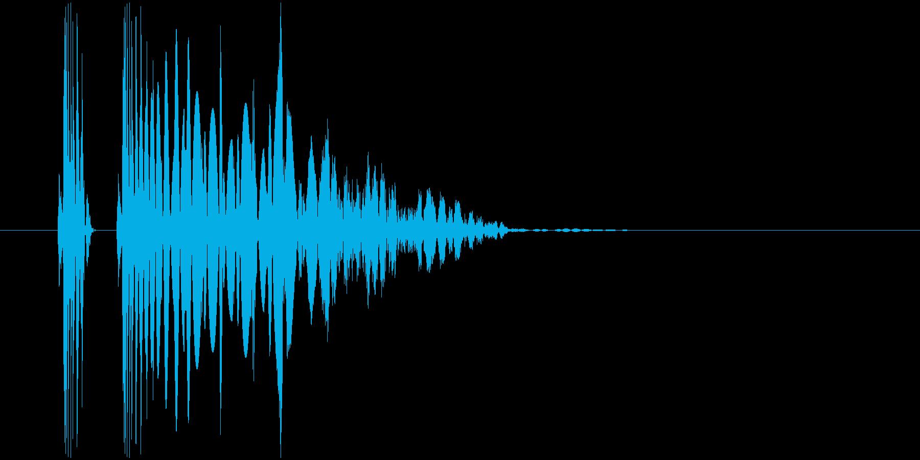ヒット音。重い音。「ドンッ」「ズンッ」の再生済みの波形