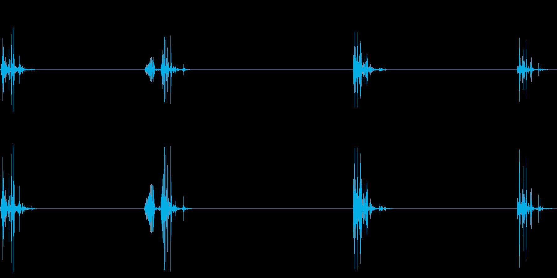 飲み込む音(ごっくん4回)の再生済みの波形