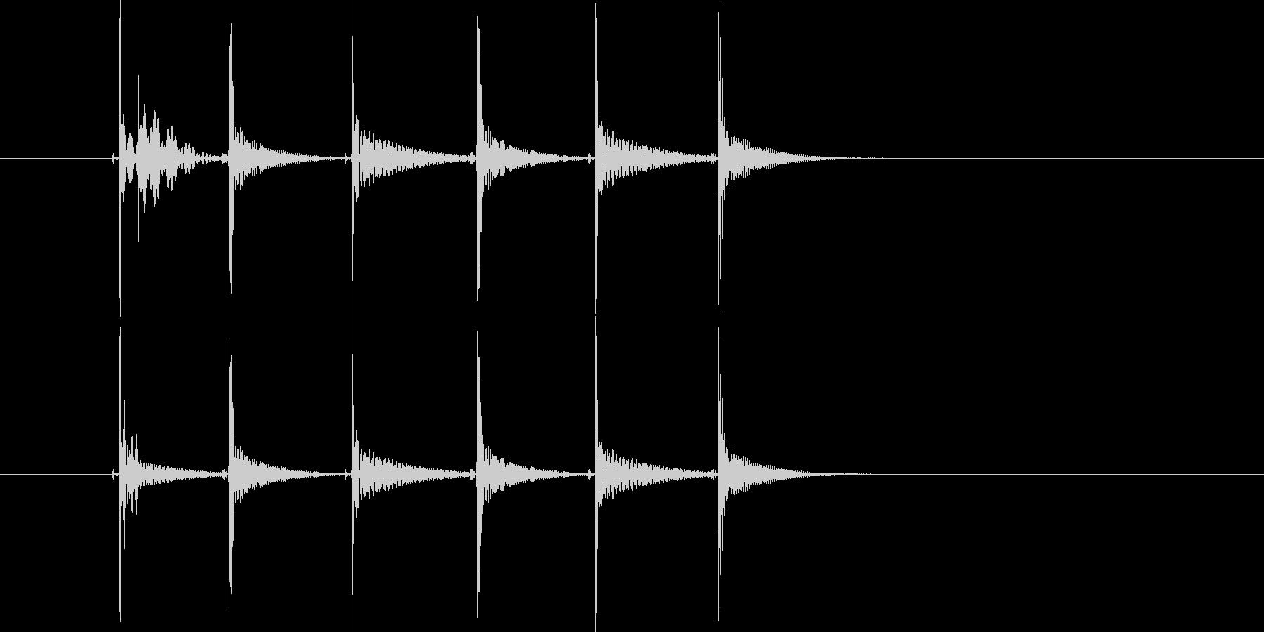 ピッチョンピッチョン(コミカル)の未再生の波形
