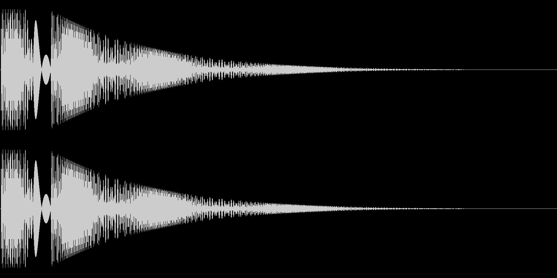 ボヨヨンと柔らかいものが揺れる01の未再生の波形