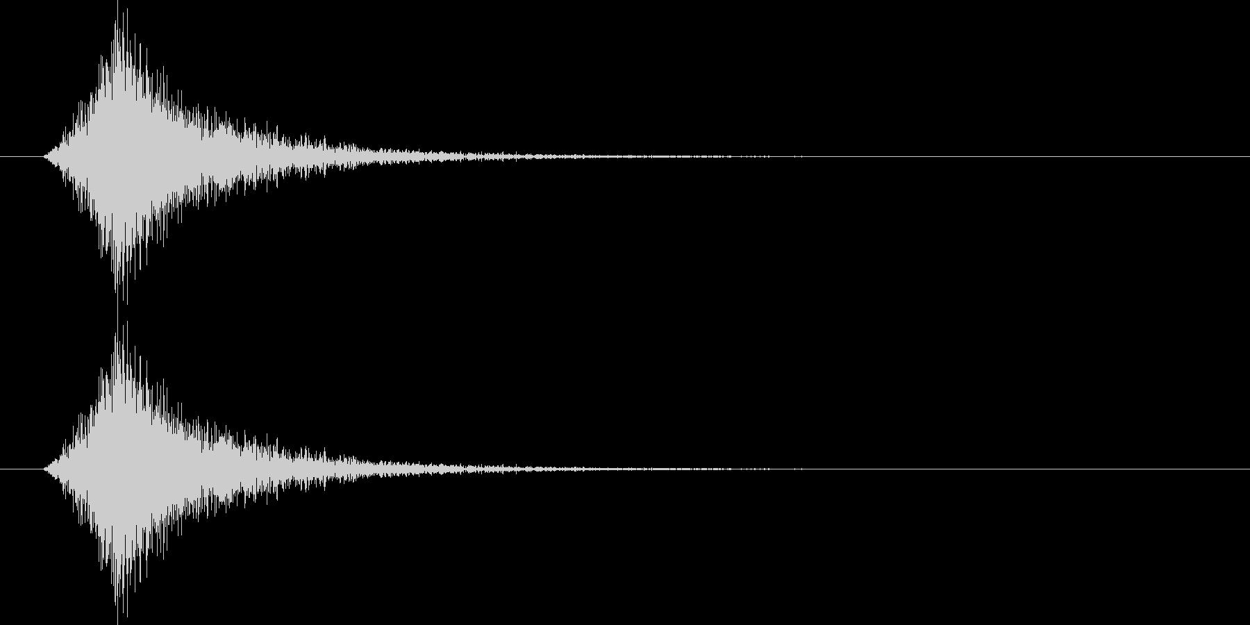 【SE】風切り音03(シュー 短い強い)の未再生の波形