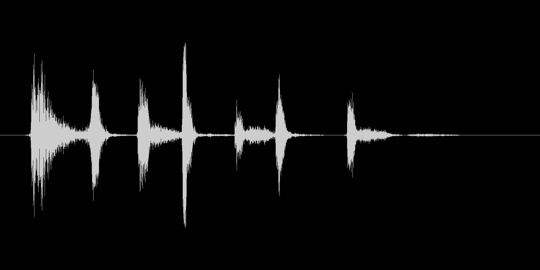 (長い咳)の未再生の波形