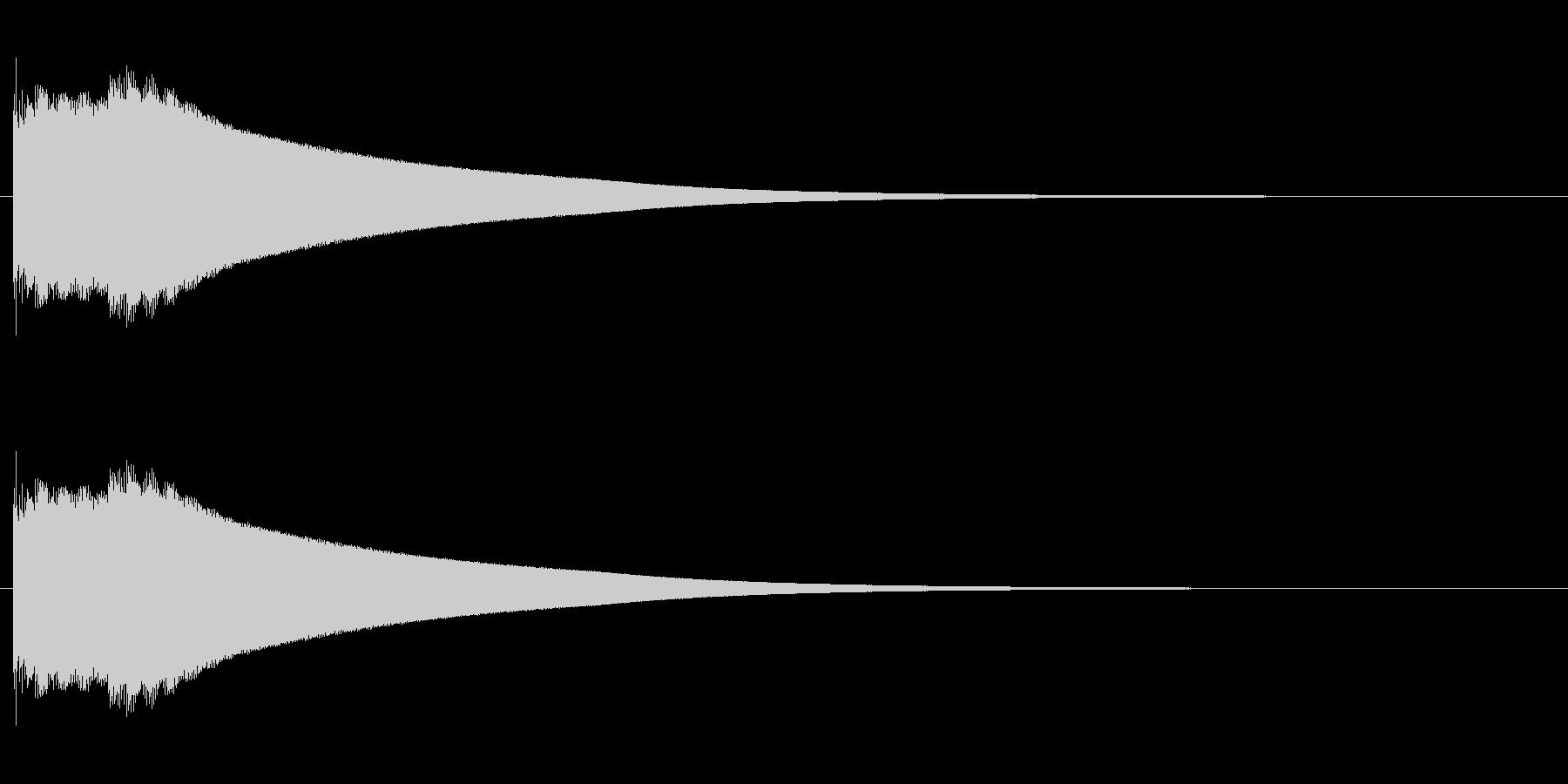 キコーンという金属音の未再生の波形