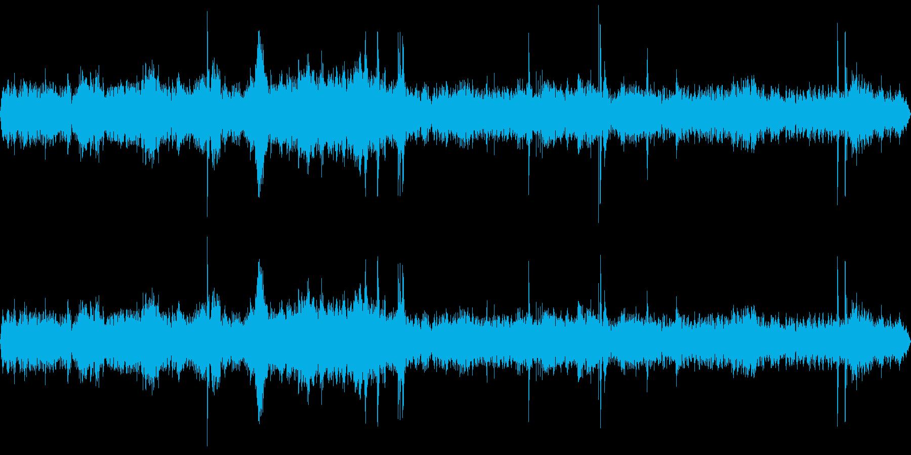 駅前広場(環境音)の再生済みの波形
