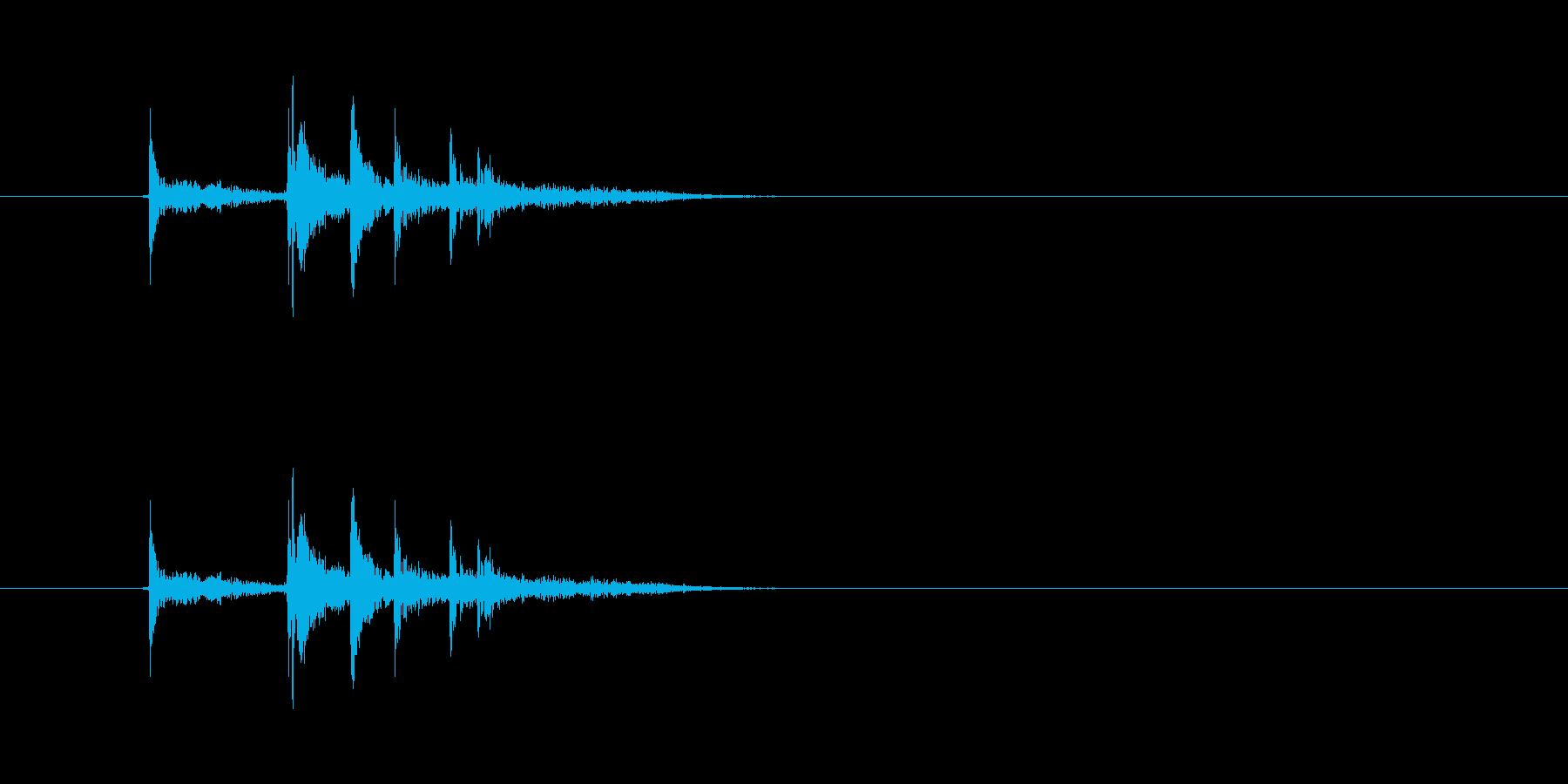 金属の物を置く音(カチャリ)の再生済みの波形