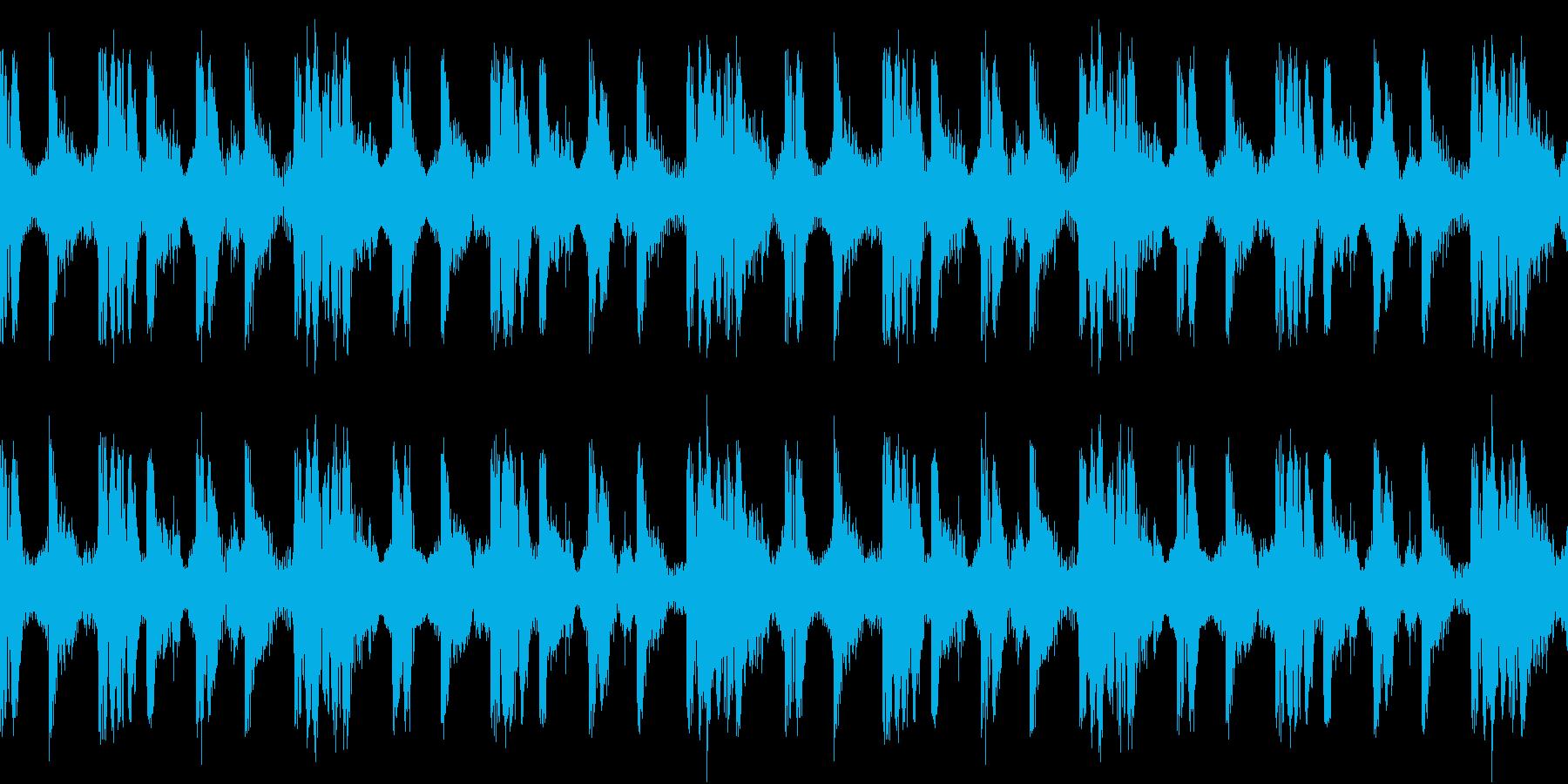 跳ねるようなリズムのテクノの再生済みの波形