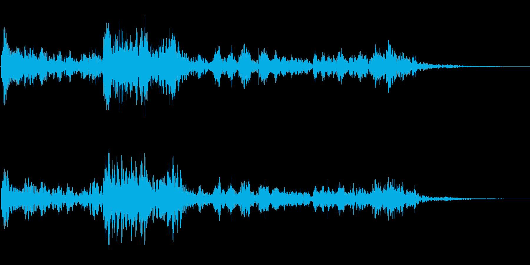 サスペンスに最適!ピアノの弦を弄ぶ音47の再生済みの波形