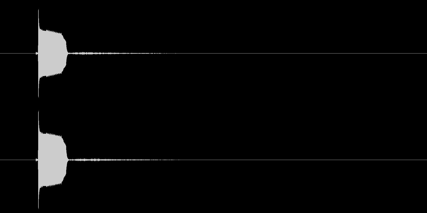 ピヨッ(小鳥の鳴き声、ボタン音)の未再生の波形