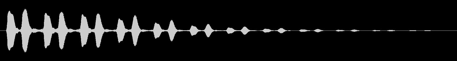 ピポピポピポ…という宇宙的な音の未再生の波形