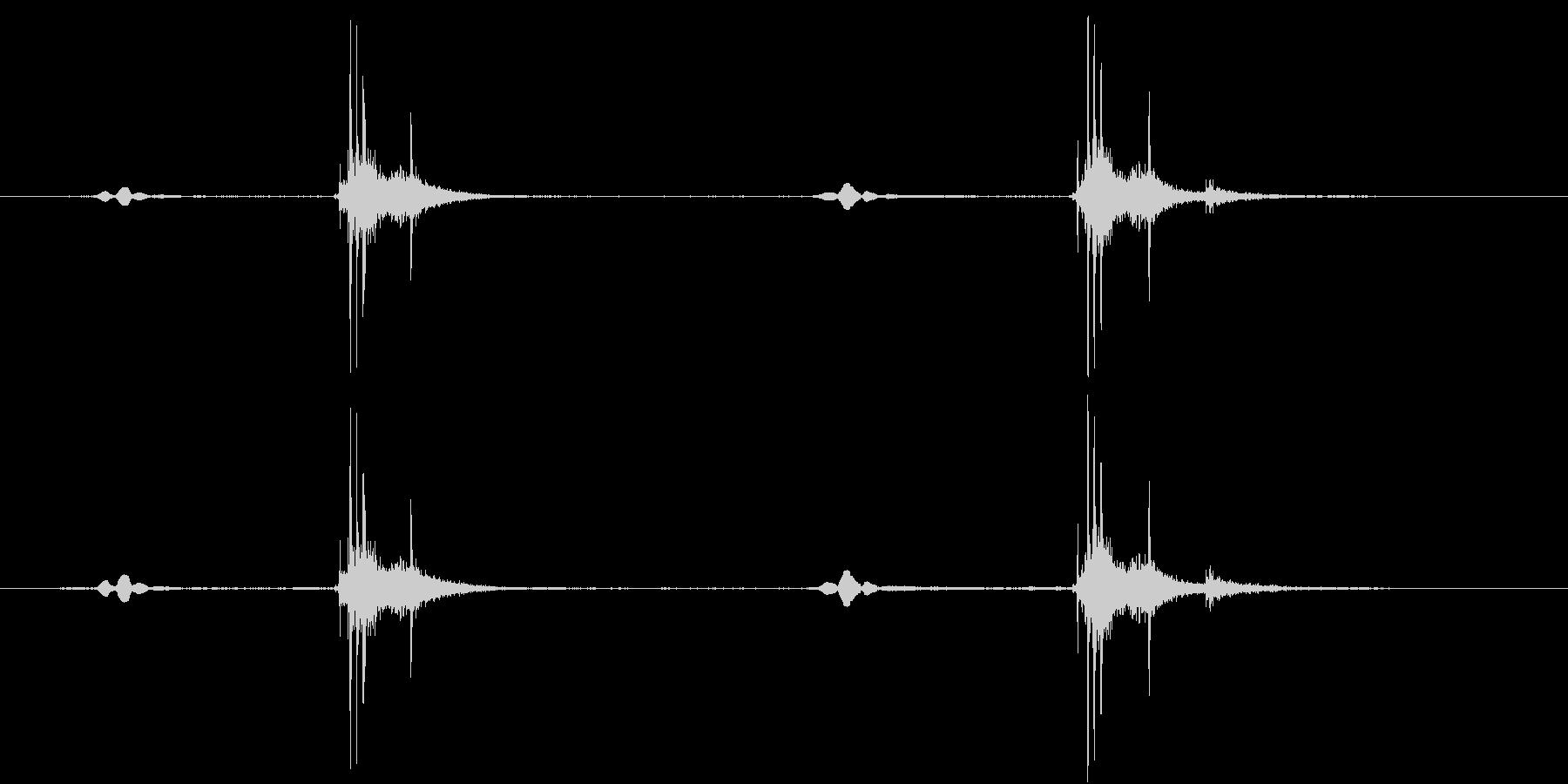 ピピッ、カシャッの未再生の波形