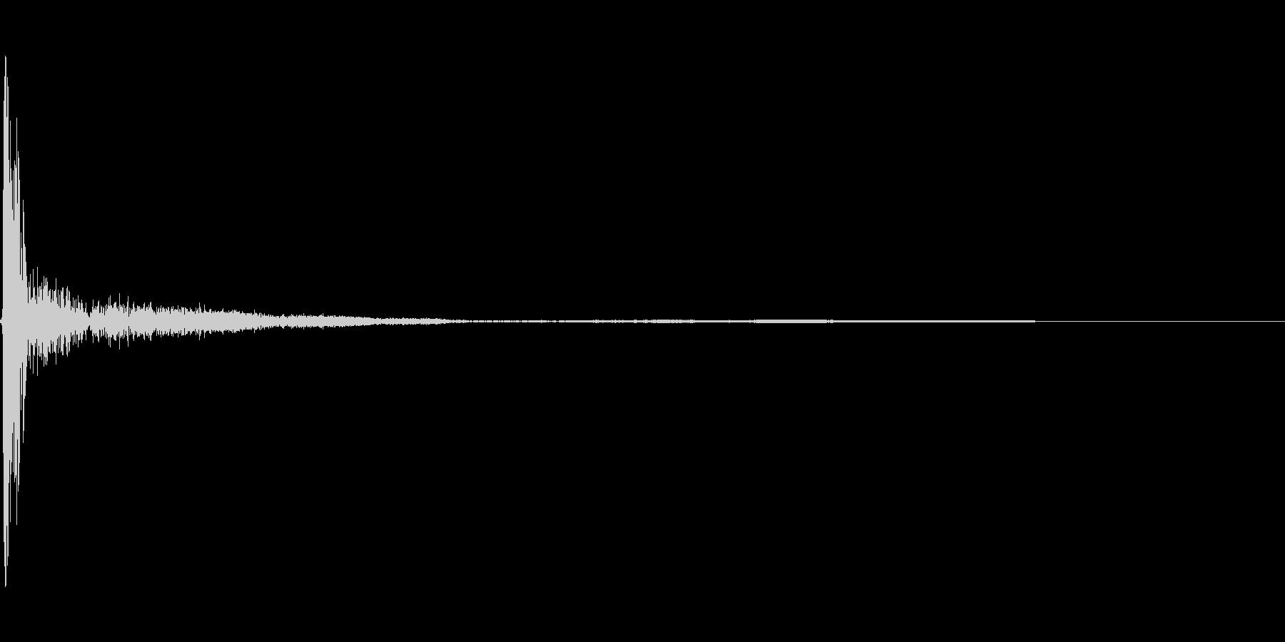 ペチッ(ビンタの音)の未再生の波形