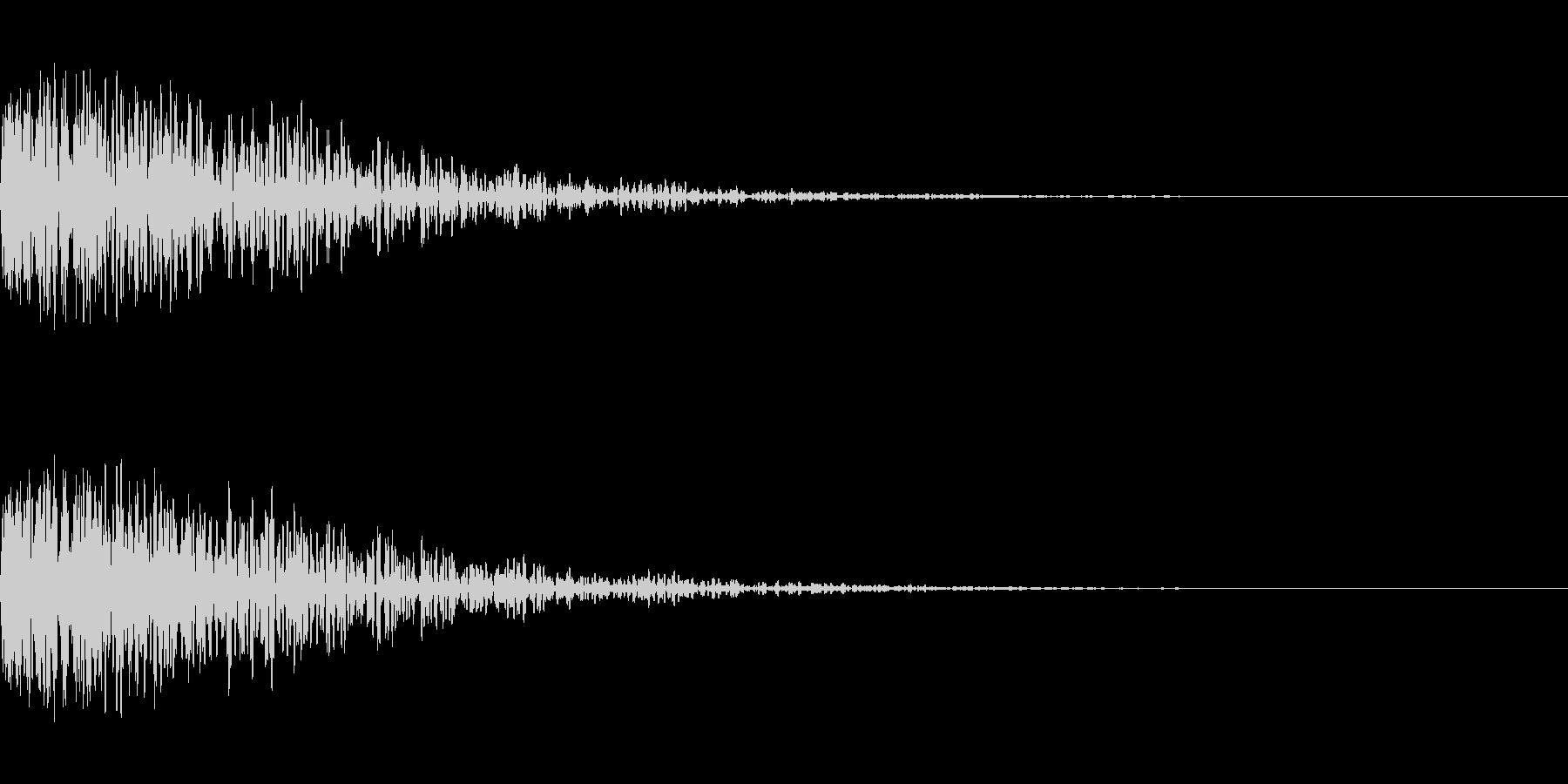 爆発音のようなドーン音の未再生の波形