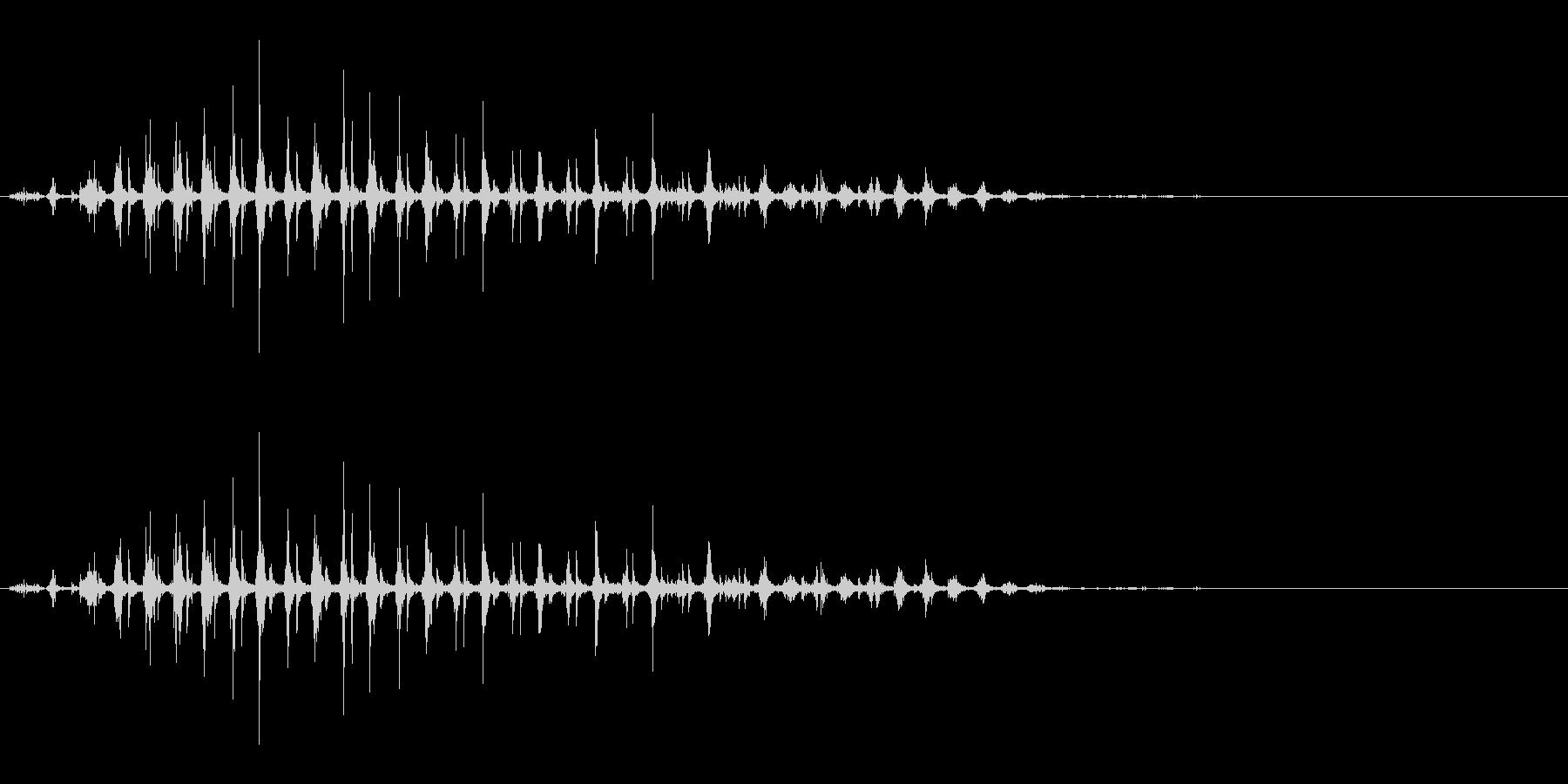 「パタパタパタ〜」鳥の羽ばたきの擬音の未再生の波形