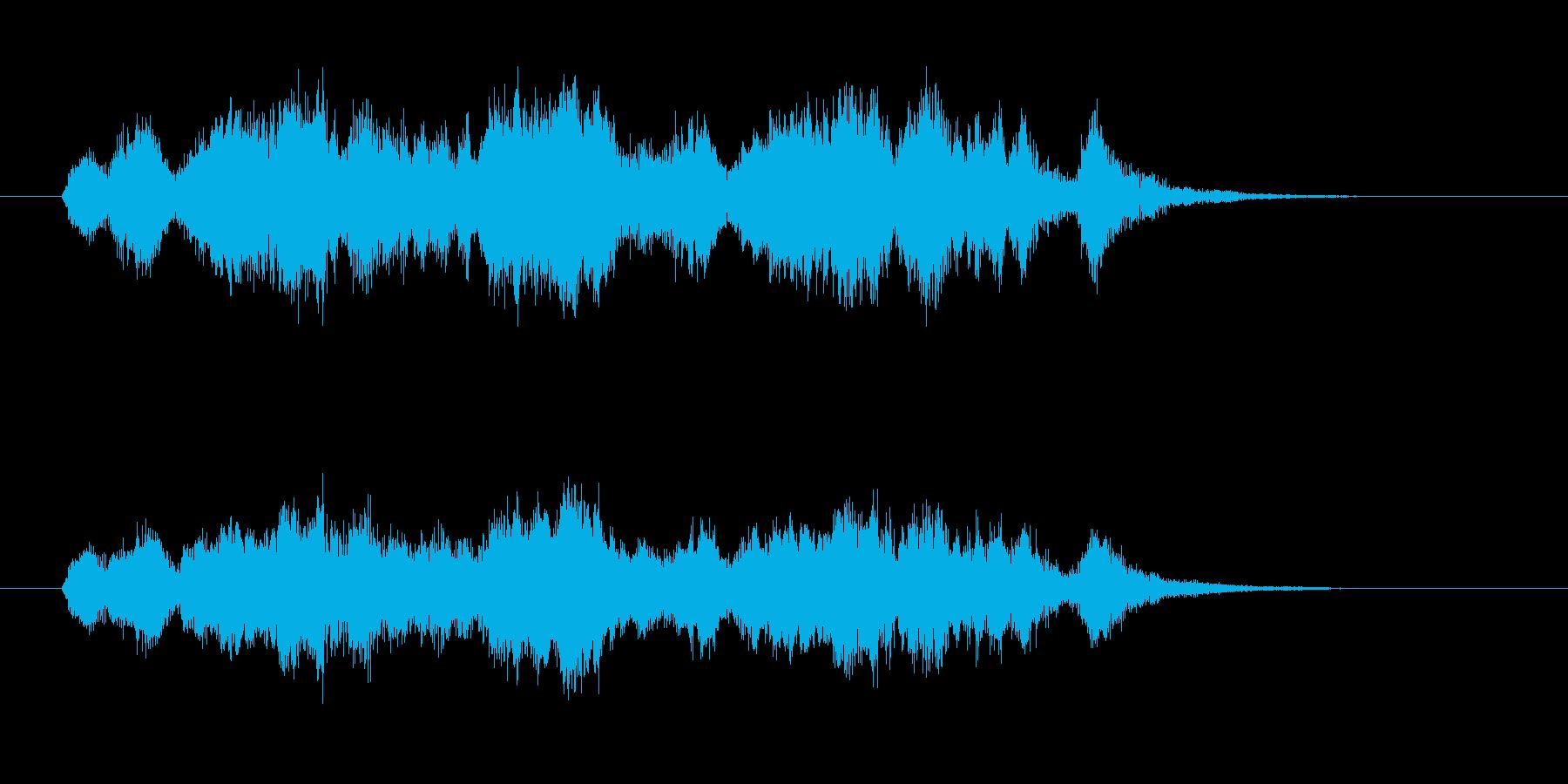 ユーモラスで親しげなストリングスの再生済みの波形