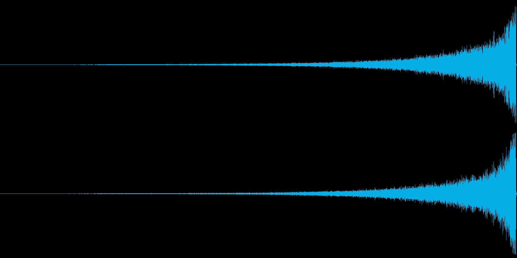 リバースシンバル・カットアウト_01の再生済みの波形