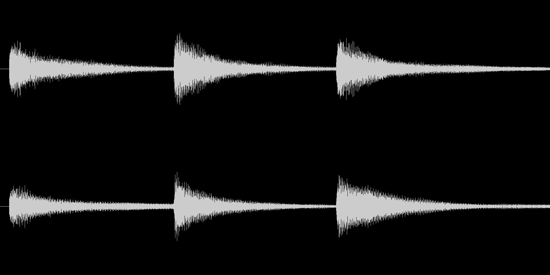 合唱の前などに行う礼のピアノの未再生の波形