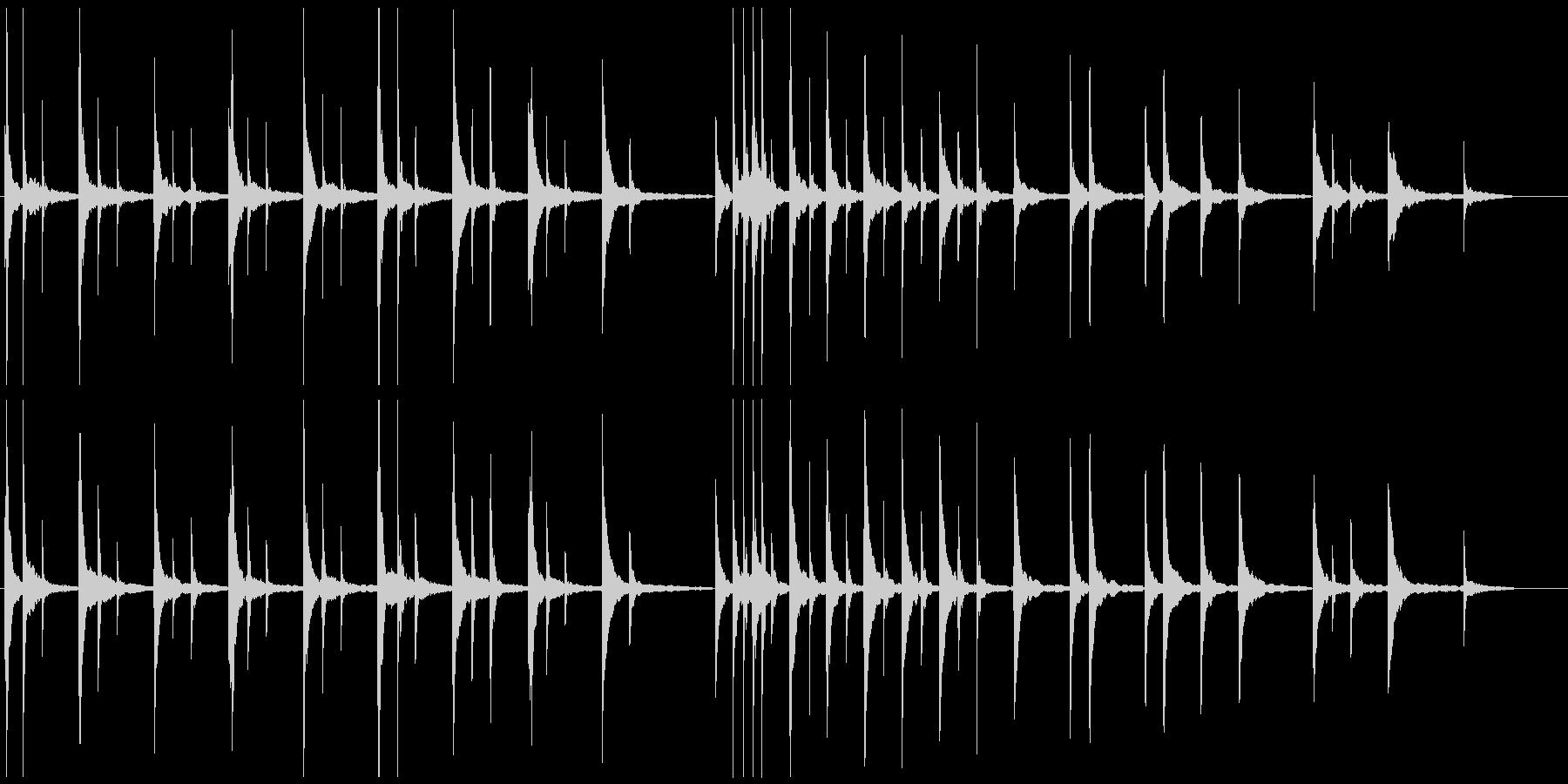 セリフを邪魔しない穏やかで静かなピアノ曲の未再生の波形