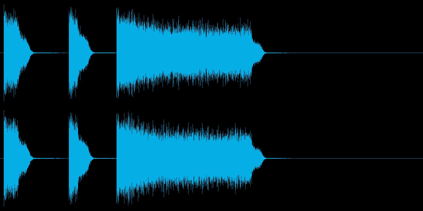 ビリビリビリ 雷 感電 シビレ音の再生済みの波形