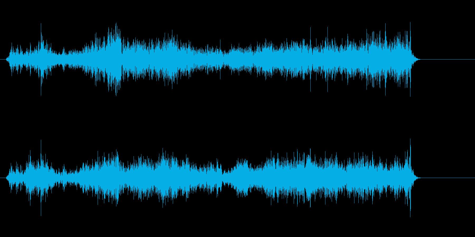 ジリジリ(紙をこする・破る音)の再生済みの波形