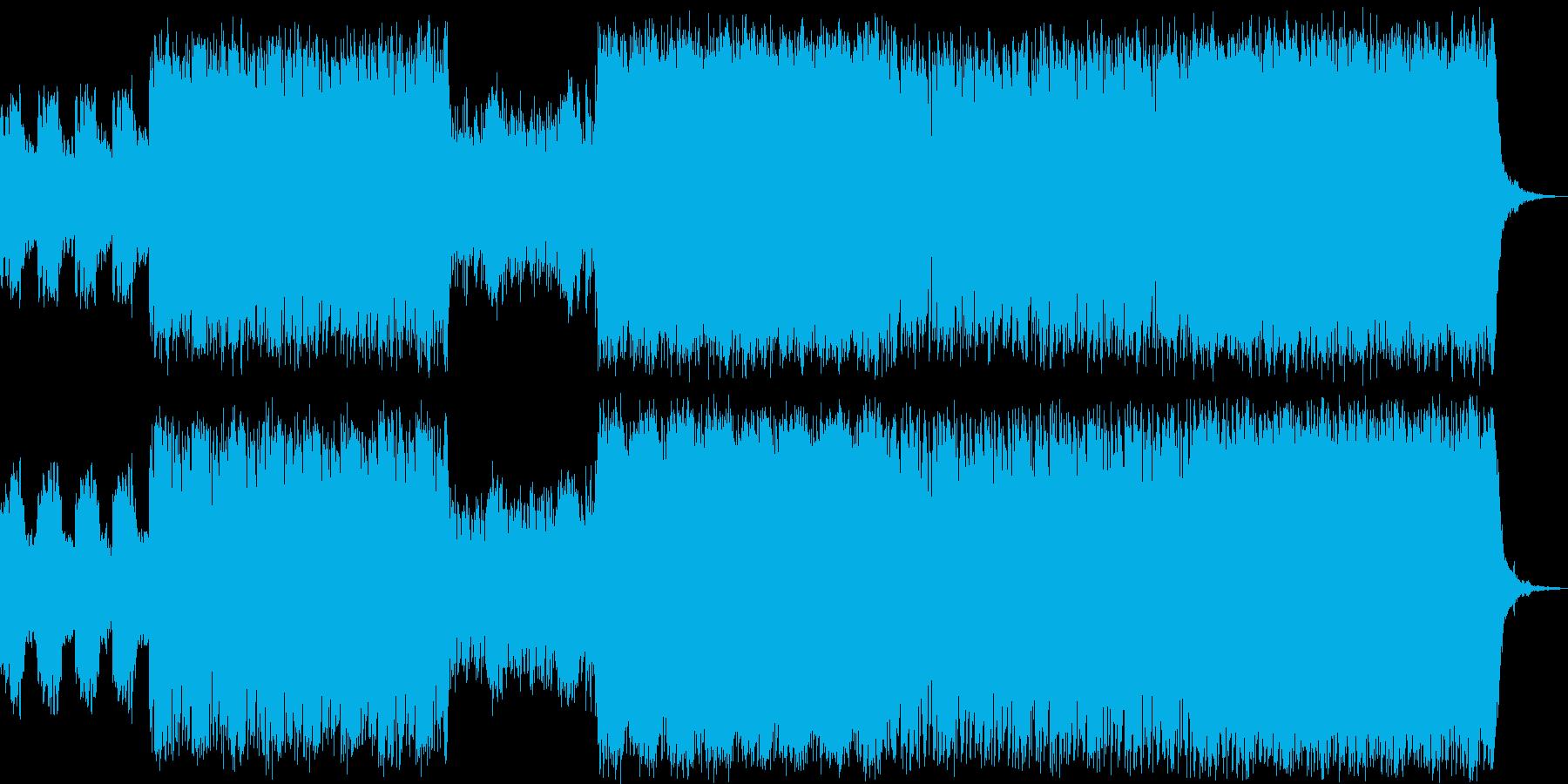 攻撃的なリードシンセとピアノの戦闘曲の再生済みの波形