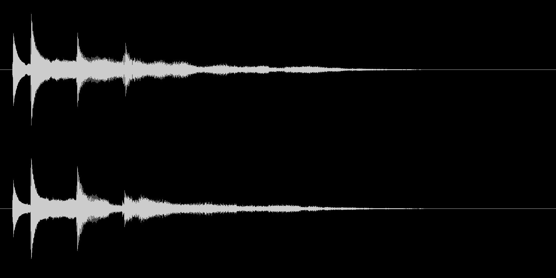 水とベルがテーマのアイキャッチの未再生の波形