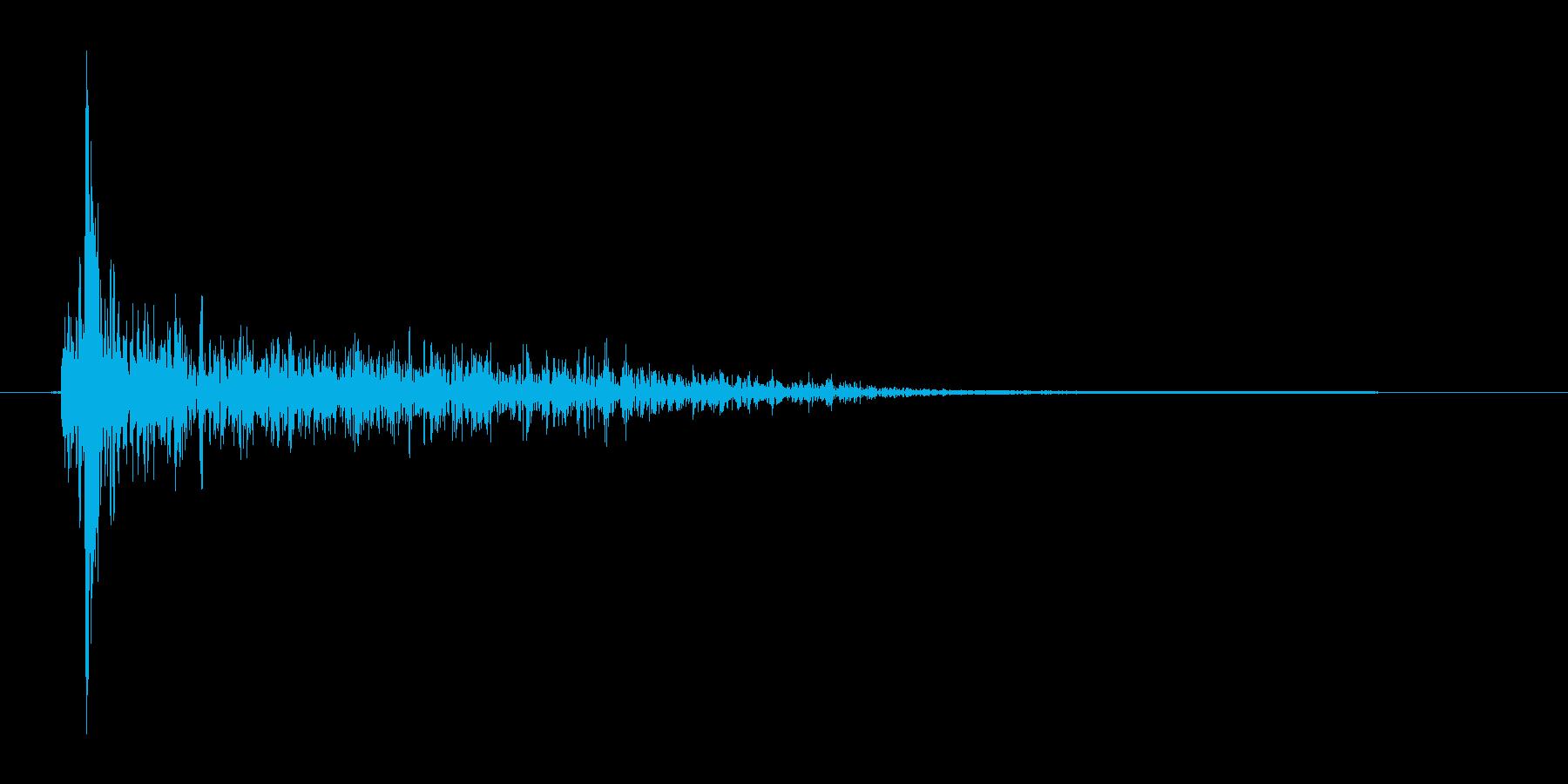 バシュッ(攻撃、消滅)の再生済みの波形