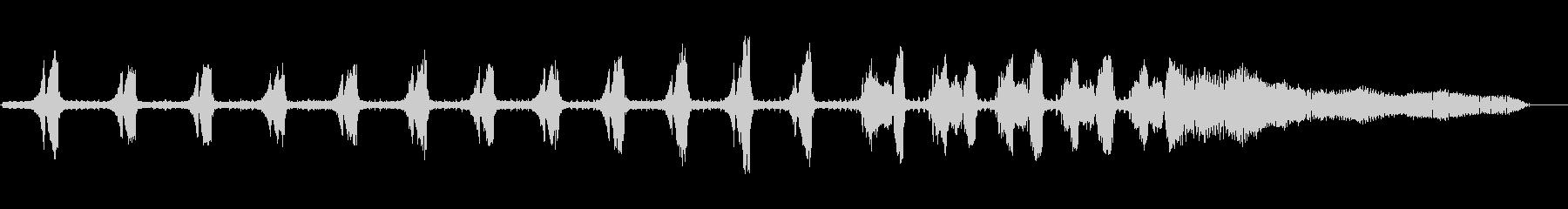 セミ(ツクツクボウシ)の鳴き声_その1の未再生の波形