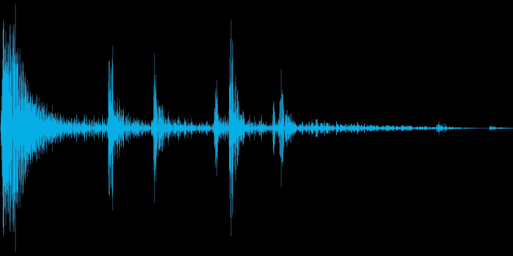 麻雀 リーチ棒を出す音の再生済みの波形