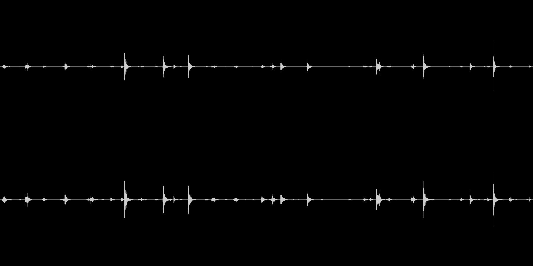 鍵穴をピッキングしている時の音の未再生の波形