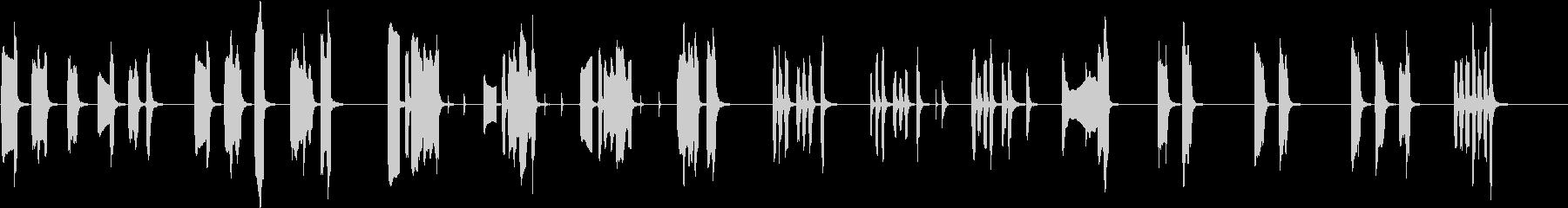 シンプルなゆったりした会話シーンでの劇伴の未再生の波形