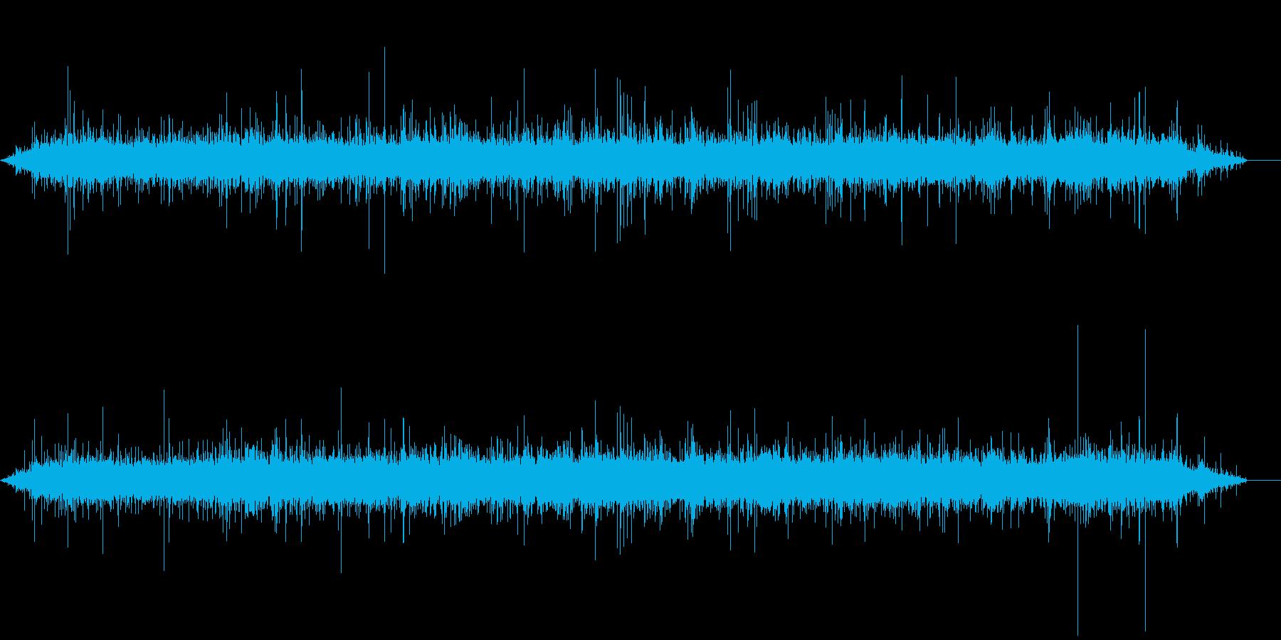 水源地の流れの音の再生済みの波形