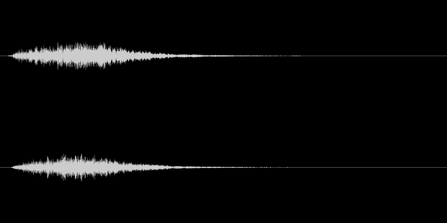 金属を打つような音ですの未再生の波形