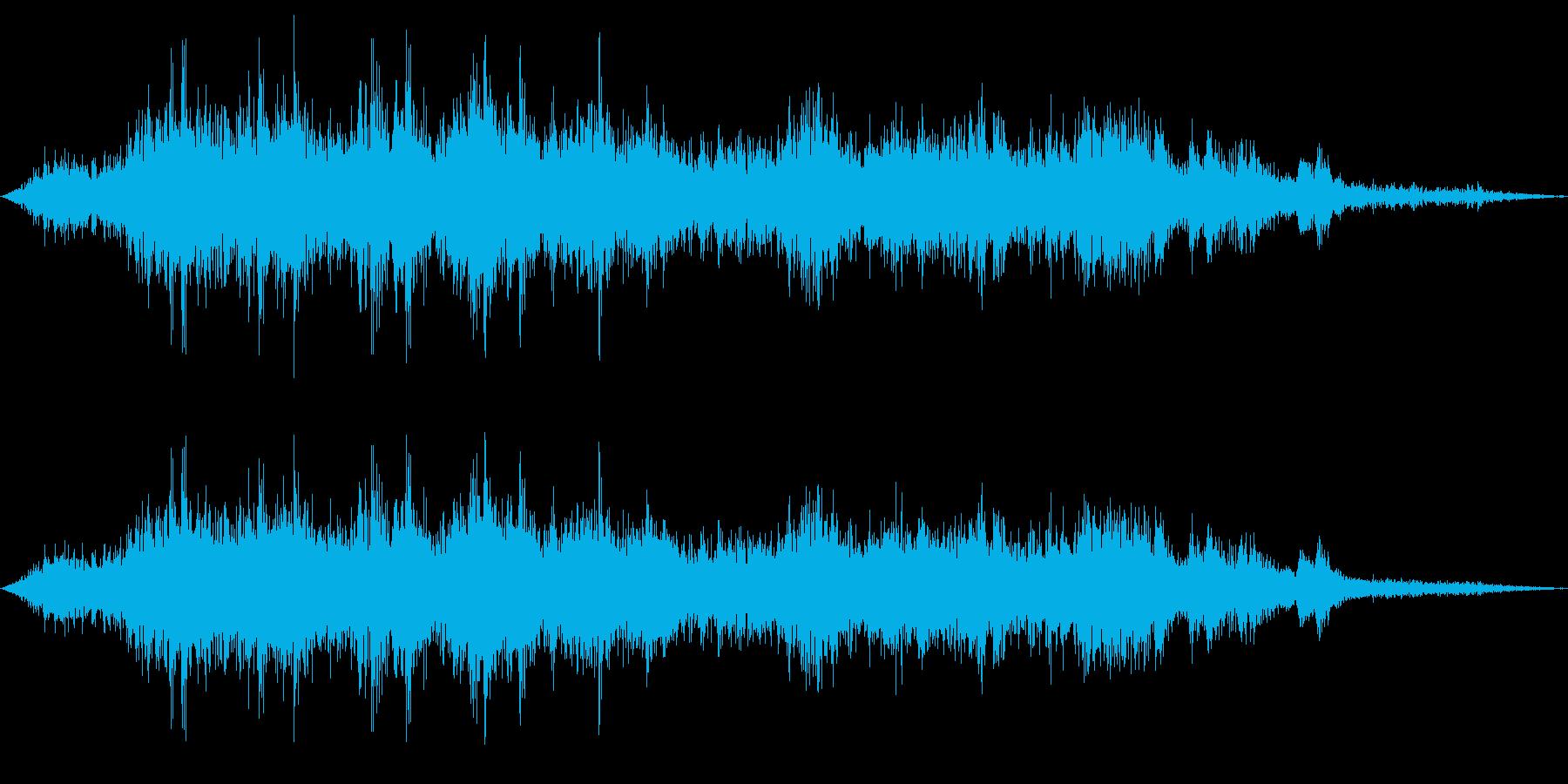 ガードの上を電車が通過する音の再生済みの波形