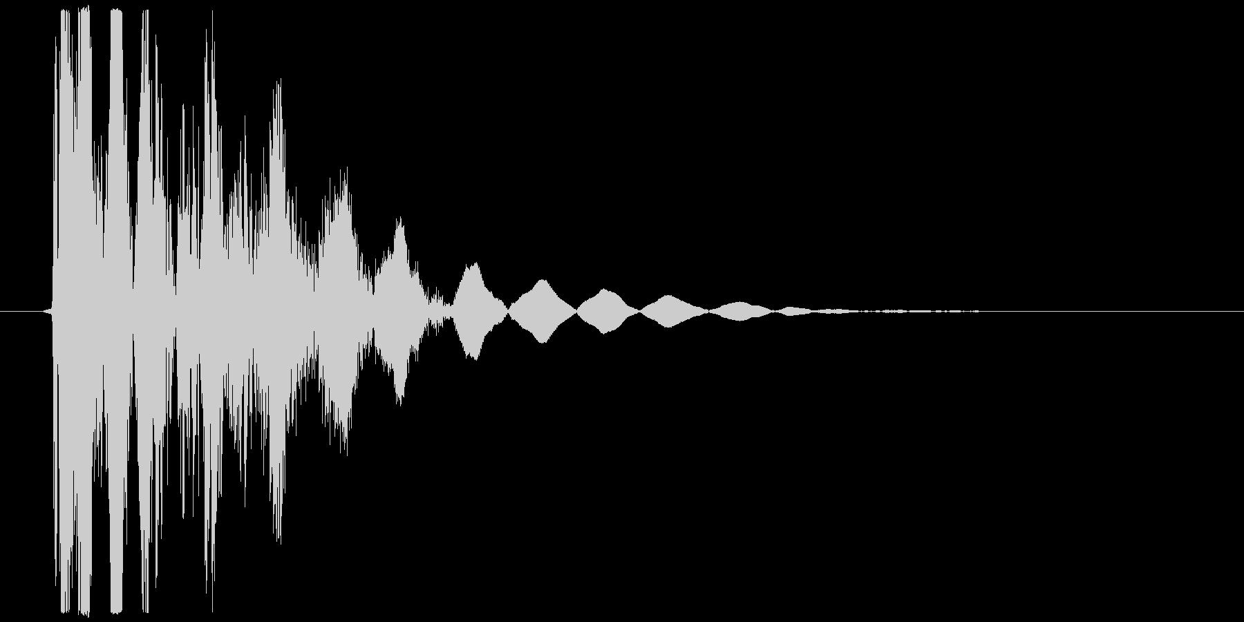 オーソドックスなパンチやキック向け打撃音の未再生の波形