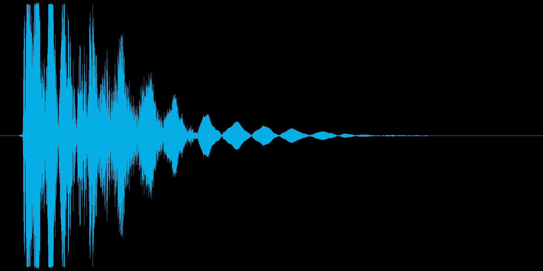 オーソドックスなパンチやキック向け打撃音の再生済みの波形
