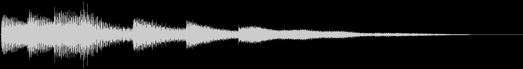 ピアノの神秘的なサウンドロゴの未再生の波形