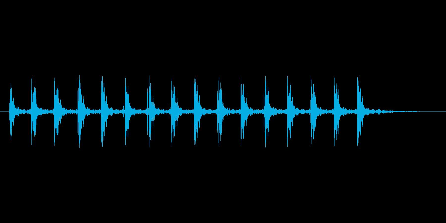 カタカタと震えるコミカル系の効果音の再生済みの波形